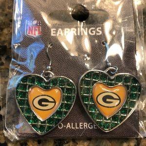 NWT Green Bay Packers earrings